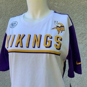 Nike Dri Fit NFL Onfield Apparel Vikings Shirt